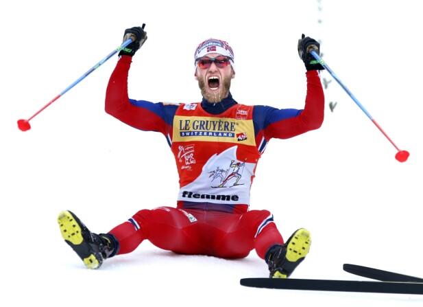 NORSK SUKSESS: Mange har troen på at Norge og ikke minst Martin Johnsrud Sundby kan bli dominerende under årets Tour de Ski. Her fra oppløpet i Monsterbakken under fjorårets Tour. Foto: Terje Pedersen / NTB scanpix