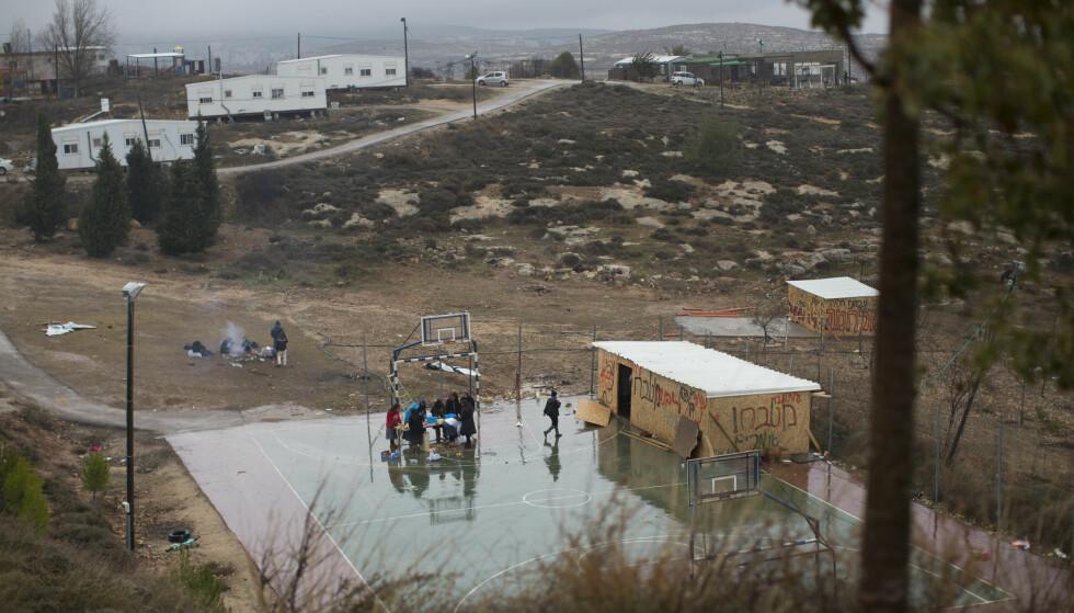 VILL HA SLUTT PÅ BOSETNINGENE: Her i Amona, en uautorisert israelsk bosetning på Vestbredden. Foto: AP Photo/Oded Balilty/NTB Scanpix