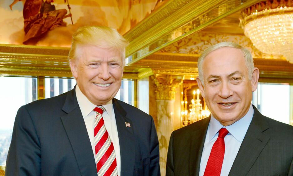 GODE VENNER: Påtroppende president Donald Trump og Israels statsminister Benjamin Netanyahu taler det såkalte verdenssamfunnet midt imot. Foto: Reuters/Scanpix NTB