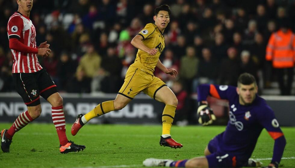 SON KAN DET GJØRES: Son Heung-Min styrer 1-3 inn for Tottenham. Foto: NTB Scanpix