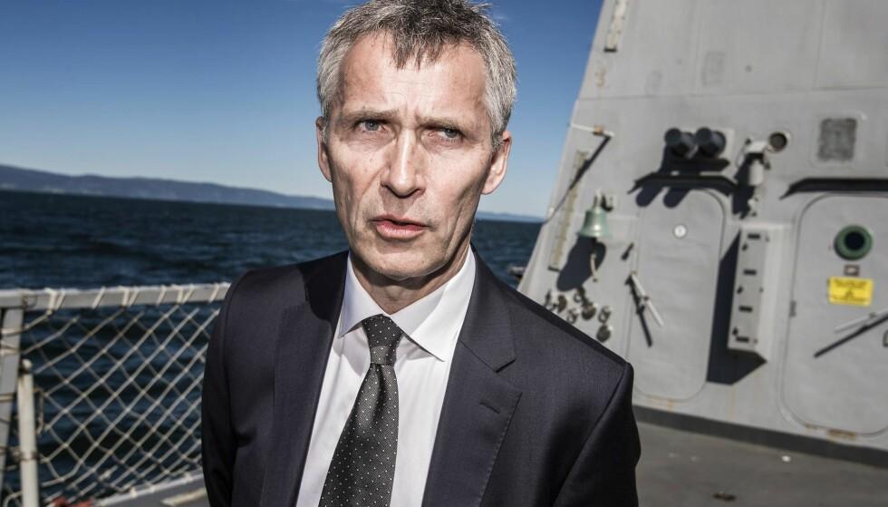 PÅ NORGESBESØK: Generalsekretær i Nato, Jens Stoltenberg, besøkte i sommer en marineøvelse i Trondheim. Foto: Hans Arne Vedlog
