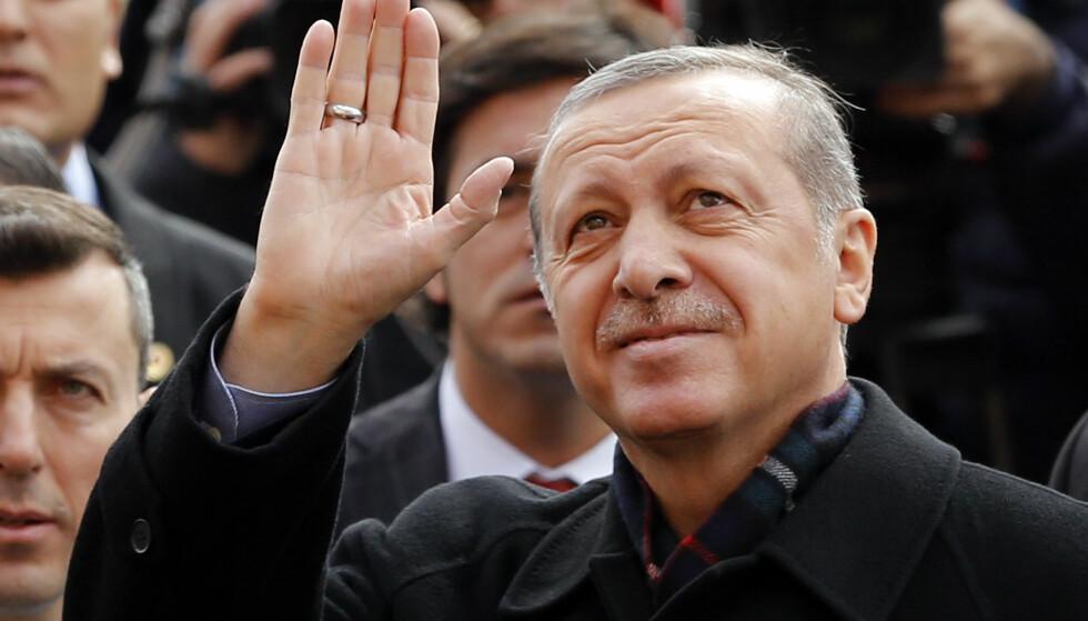 HAN KUPPET KUPPET: Tyrkias statsminister fra 2003 og president fra 2014, Recep Tayyip Erdogan, holdt på å miste alt under kuppforsøket i juli. Siden har han strammet grepet om makten og forsøker nå å endre grunnloven i sin favør. Foto: NTB Scanpix