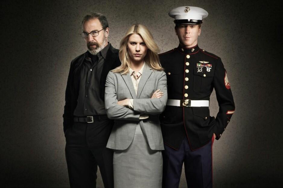 HJEM FRA IRAK: Mandy Patinkin (t.v.), Claire Danes og Damian Lewis har hovedroller i den amerikanske tv-serien «Homeland», som blant annet sendes på TV 2. Foto: TV 2