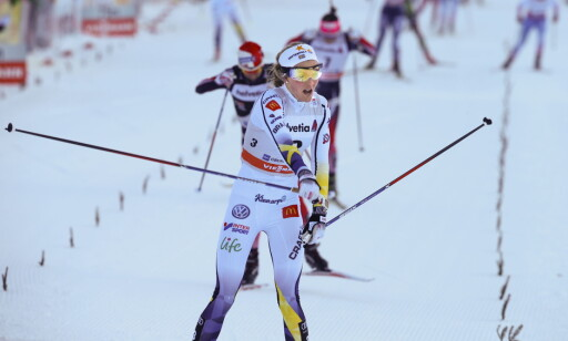 BEST: Stina Nilsson vant damenes skiathlon I Oberstdorf i dag og overtok ledelsen i toursammendraget. Foto: Terje Pedersen / NTB scanpix