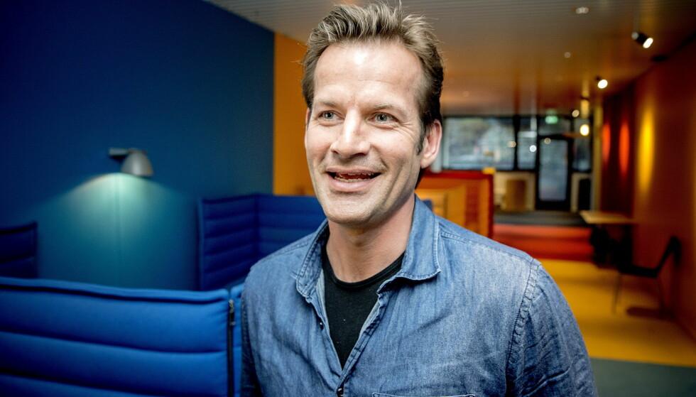 TIL «MANDAGSKLUBBEN»: Jon Almaas har gjort stor suksess som programleder i «Nytt på nytt». Foto: Bjørn Langsem / Dagbladet