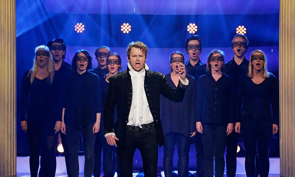 OPERASTJERNEN: Det var etter at Knut Anders Sørum sang opera for det norske folk, at bookingene begynte å strømme inn. Foto: NRK