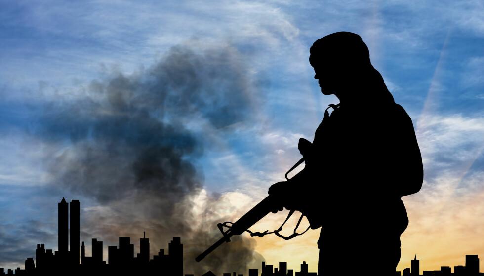 SIKKERHET: Svenske Lars Hedström etterlyser en nasjonal sikkerhetsstrategi, og peker på at Storbritannia legger fram årlige rapporter. Illustrasjonsbilde: Prazis / Shutterstock / NTB scanpix