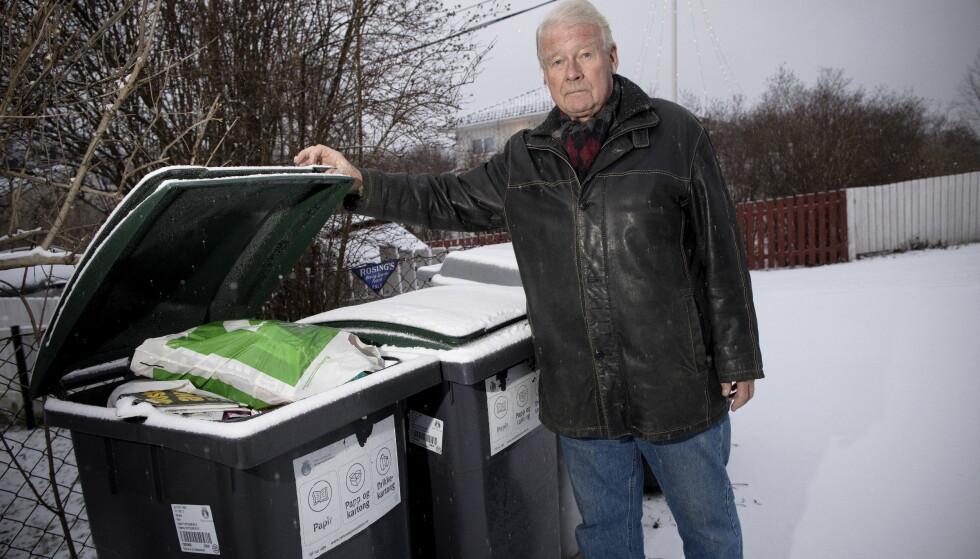 SØPPELTRØBBEL: Carl I. Hagen ble lei av overfylte søppelkasser og klagde til Veireno og til Oslo kommune. Foto: Tomm W. Christiansen / Dagbladet