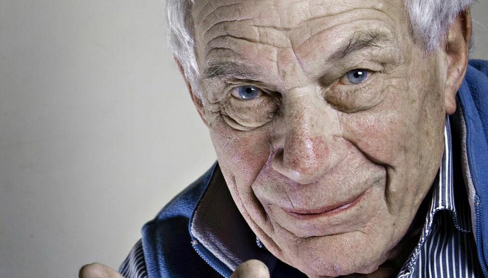 MINNEORD: Harald Flor skriver i dag om den nylig avdøde forfatter, forteller, fotograf og kunstkritiker, John Berger. Foto: Salvatore di Nolfi / EPA / NTB Scanpix