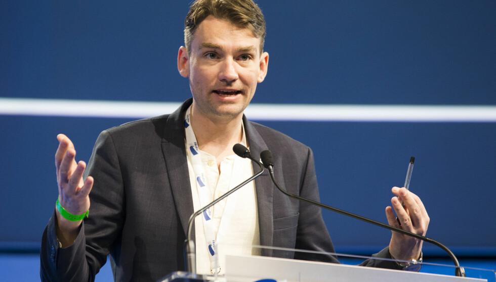 300 EKSTRA MILLIONER : Kunnskapsminister Henrik Asheim får 300 millioner kroner friske kroner til tidlig innsats..  Foto: Berit Roald / NTB scanpix