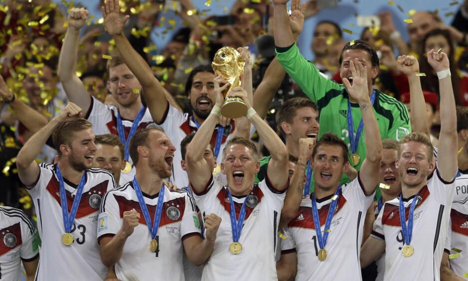 REGJERENDE MESTERE: Tyskland gikk helt til topps i VM i Brasil for fire år siden. Foto: AP Photo/Natacha Pisarenko/NTB Scanpix