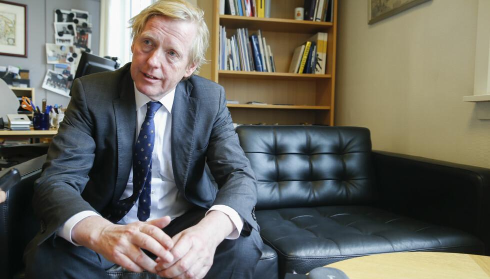 SKRYTER: Den norske ambassadøren til USA, Kåre R. Aas, har ansvaret for 50 ansatte. Ambassaden i Washington D.C. fylte 100 år i 2016, og skal være Norges største, ifølge hjemmesiden. Foto: NTB Scanpix