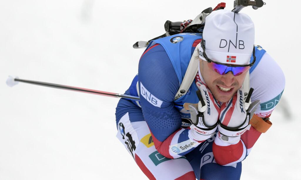 SIKKER PÅ STANDPLASS: Emil Hegle Svendsen var sikker på standplass, men er fortsatt noe seig i løypa. Foto: NTB Scanpix