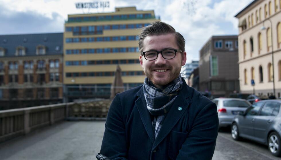 SELSOMT: Onsdagens spørjetime var eit selsomt skue, meiner  Sveinung Rotevatn (V). Foto: Erik Kopperud / Dagbladet