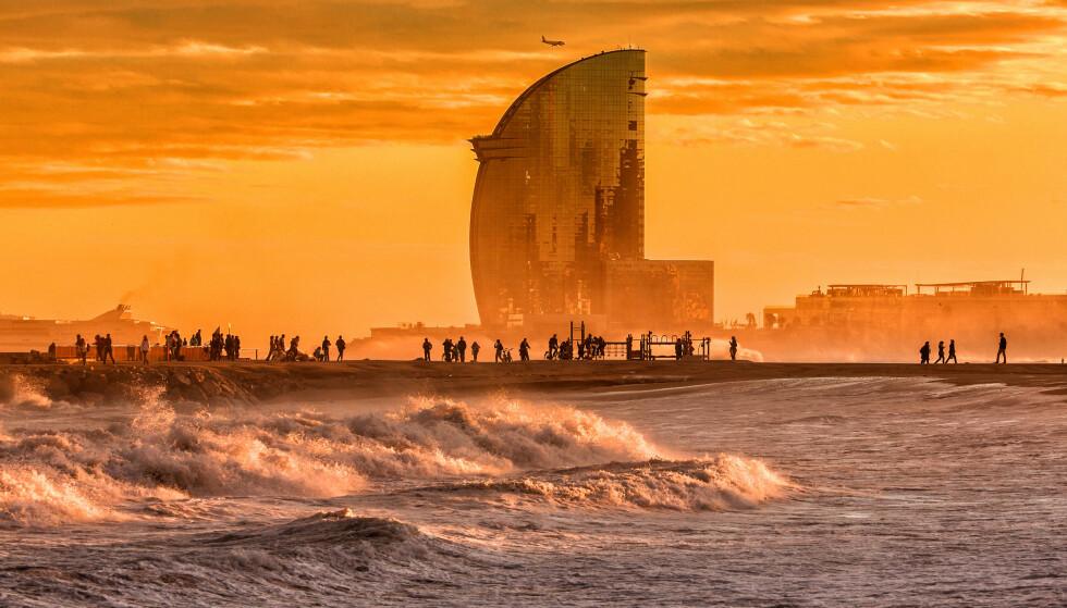 POPULÆR WEEKEND-BY: Barcelona er attraktiv for norske reisende. Stadig flere reiser hit på helgeturer. Foto: Shutterstock / NTB Scanpix