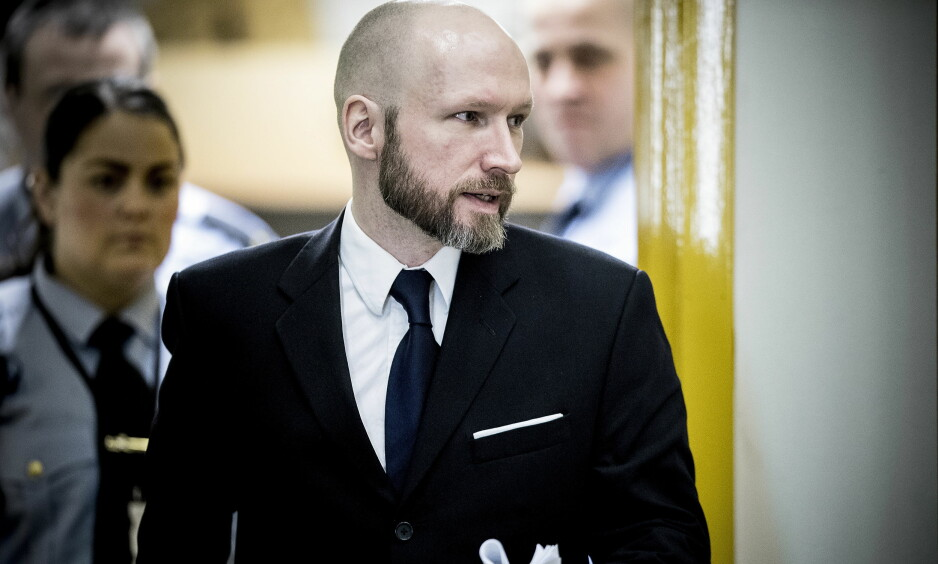 FORKLARTE SEG: Terrorist Anders Behring Breivik overrasket flere under sin forklaring i retten i dag. Foto: Bjørn Langsem / Dagbladet