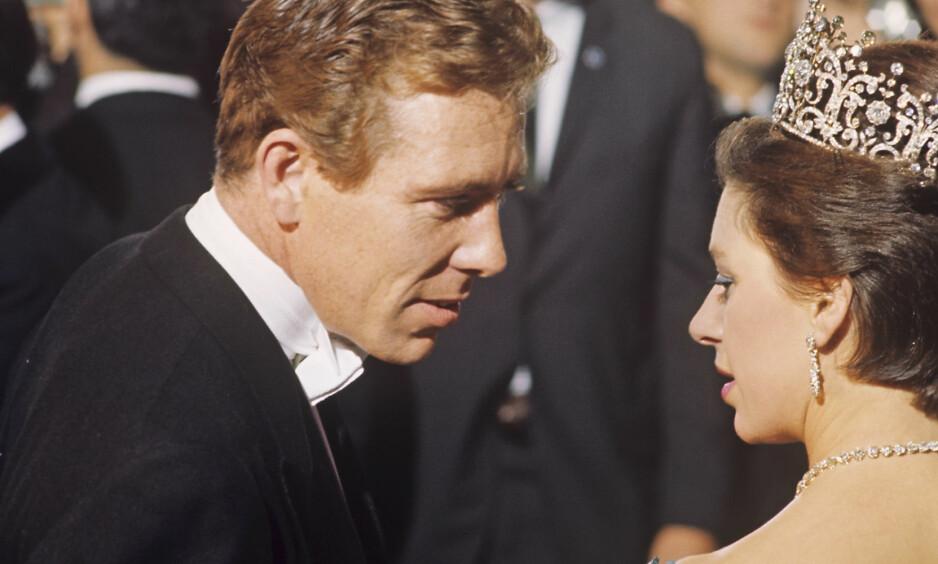 GIKK BORT: Lord Snowdon sammen med prinsesse Margaret på 1960-tallet, mens de var gift. Foto: Scanpix