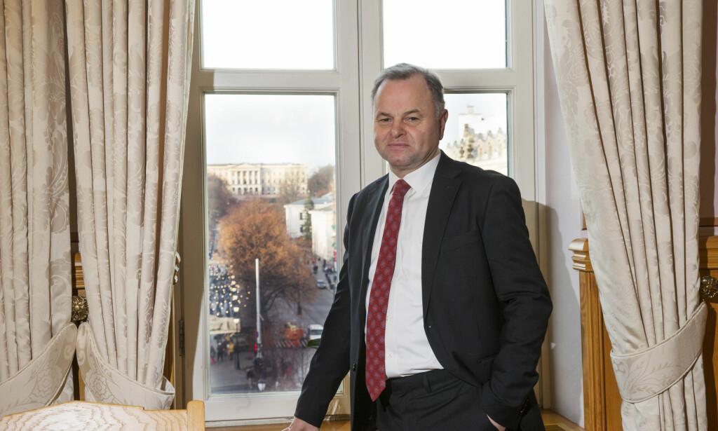 FÅR KJEFT: Stortingspresident Olemic Thommessen (H) får refs fra blant annet Michael Tetzchner fra hans eget parti. Foto: Terje Bendiksby / NTB scanpix