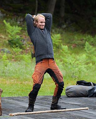 TRAFF BLINK: Petter Pilgaard (36) fikk øksa til å sitte på siste forsøk, og sikret dermed seieren med tre poeng. Foto: Alex Iversen / TV 2