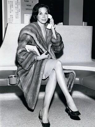 <strong>TV-STJERNE:</strong> Mary Tyler Moore var kanskje best kjent for sine roller i «The Mary Tyler Moore Show» og «The Dick Van Dyke Show». Her er hun avbildet i New York i 1962. Foto: NTB Scanpix