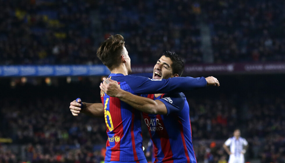 <strong>NAVNEBRØDRE:</strong> De er ikke brødre, bare navnebrødre, Denis (til venstre) og Luis Suárez. Torsdag herjet de med Real Sociedad i Copa del Rey. Foto: AP Photo / Manu Fernandez / NTB Scanpix