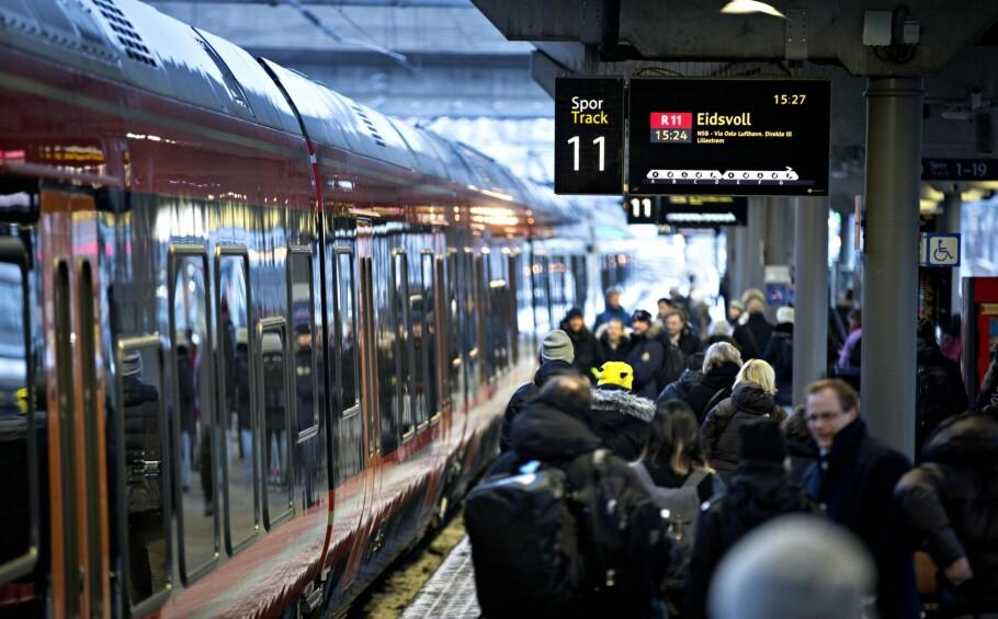 JERNBANEREFORMEN: Vil konkurranse om passasjerene gi flere avganger og bedre priser? Regjeringens svar er meget vagt.