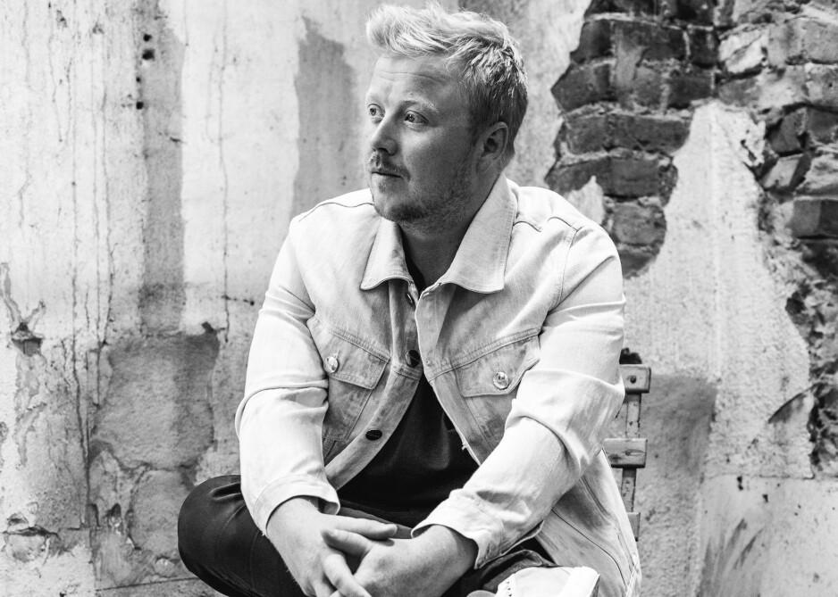 PÅ ENGELSK: Kurt Nilsen synger igjen på engelsk når han gir ut sitt første album på fire år. Han burde holdt på norsken. Foto: Johanna Siring