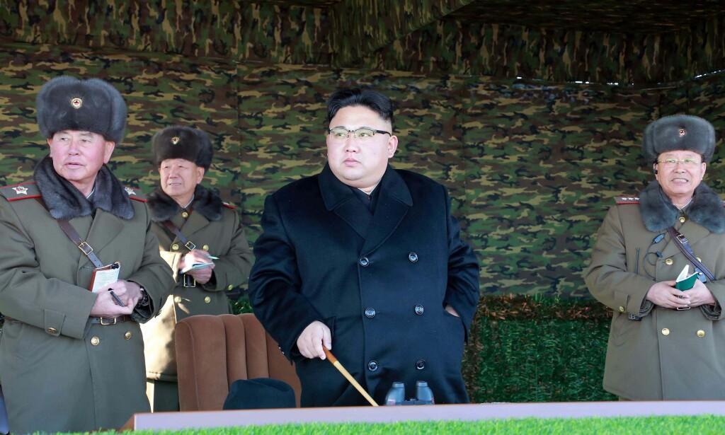 PRØVESPRENGNING: Det kan nærme seg Nord-Koreas sjette atomprøvesprengning, mener den amerikanske tankesmia 38 North. I det øyeblikket Kim Jong-un gir beskjed, mener de landet er klar til å prøvesprenge. Foto: AFP PHOTO / KCNA VIA KNS / STR / NTB scanpix