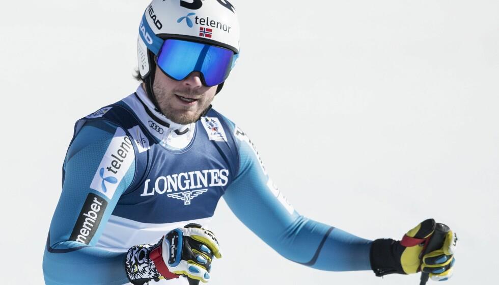 Kjetil Jansrud fikk ikke det forspranget han ønsket til hovedutfordrer Marcel Hirscher før slalåmen. Foto: EPA/Peter Schneider.
