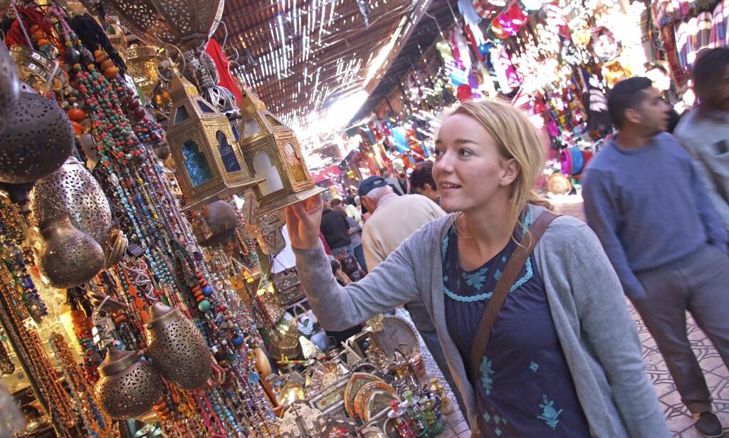 SKATTER I SOUKEN: Handelsgatene – souken – i Marrakech er fulle av skatter. Men husk å prute! Foto: Runar Larsen / Magasinet Reiselyst