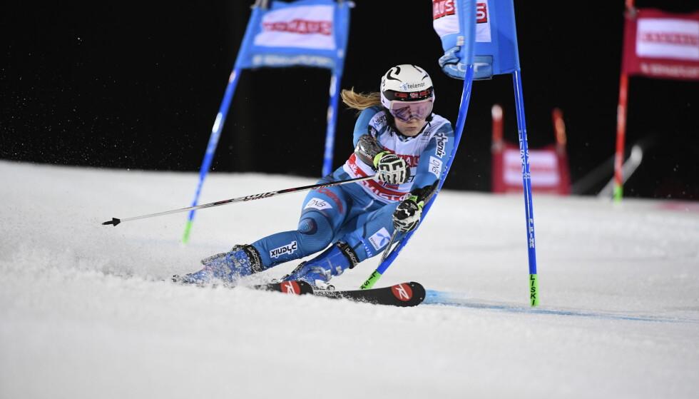 MEDALJEHÅP: Nina Løseth kjører for medalje i de slalåm og storslalåm. Foto: NTB Scanpix