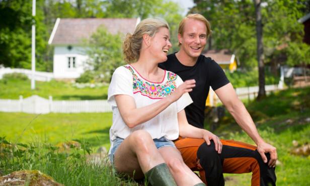 <strong>VENNER:</strong> Vendela Kirsebom (50) og Petter Pilgaard (37) ble gode venner inne på Farmen-gården.