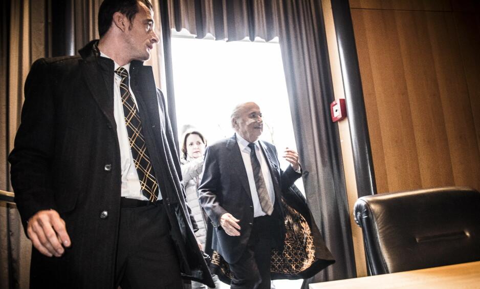 FORSVARTE SEG: Sepp Blatter fotografert i Zürich i 2015 - der han møtte Dagbladet og resten av verdenspressen for å forsvare seg mot korrupsjonsanklager. Denne korrupsjonssaken endte med utestengelse og straff. Men andre anklager har vist seg å være oppspinn. Foto: Lars Eivind Bones / Dagbladet