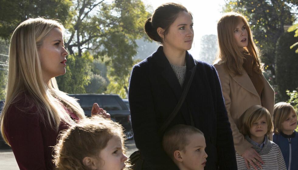 <strong>STERK TRIO:</strong> Reese Witherspoon, Shailene Woodley og Nicole Kidman spiller hovedrollene i den nye stjernespekkede serien fra HBO.  Foto: HBO NORDIC