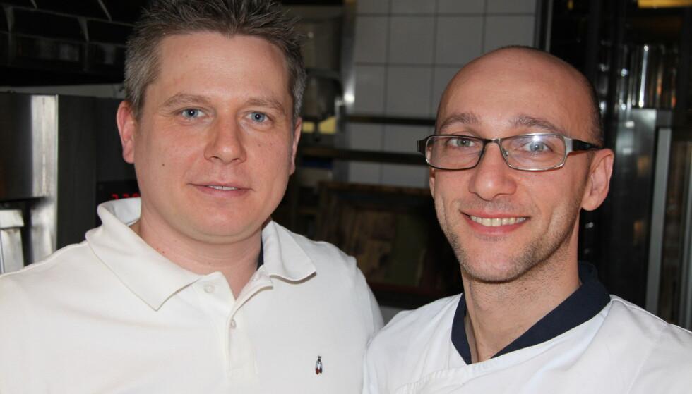 PIZZATESTERE: Tobias Schelin og Elio Corsi fra Eataly Ristorante har smakt seg gjennom pizzanyhetene. FOTO: Lars O. Gulbrandsen