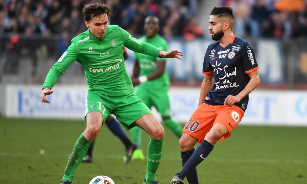 TAPTE: Ole Selnæs og Saint-Étienne tapte 1-2 mot Ryad Boudebouz og hans MHSC Montpellier. Foto: AFP PHOTO / PASCAL GUYOT / NTB Scanpix