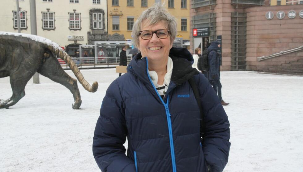 STOLT AV SØNNEN SIN: Anne Karin Lothe er stolt av Lothepus som har vist fram nye sider i Farmen kjendis. FOTO: Sølve Hindhamar