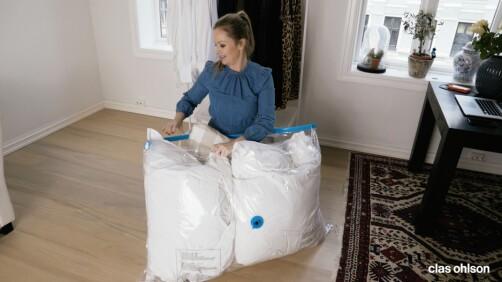 SPAR PLASS: Luftige ting, som dyner og puter, kan enkelt lagres i en vakuumpose.