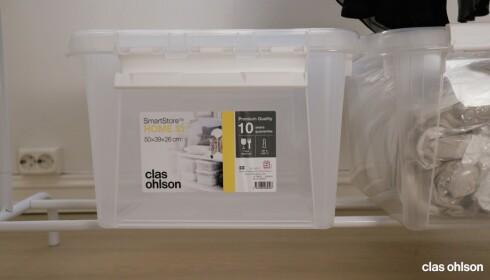 SMART LAGRING: De komprimerte posene lagrer du enkelt i gjennomsiktige plastbokser.