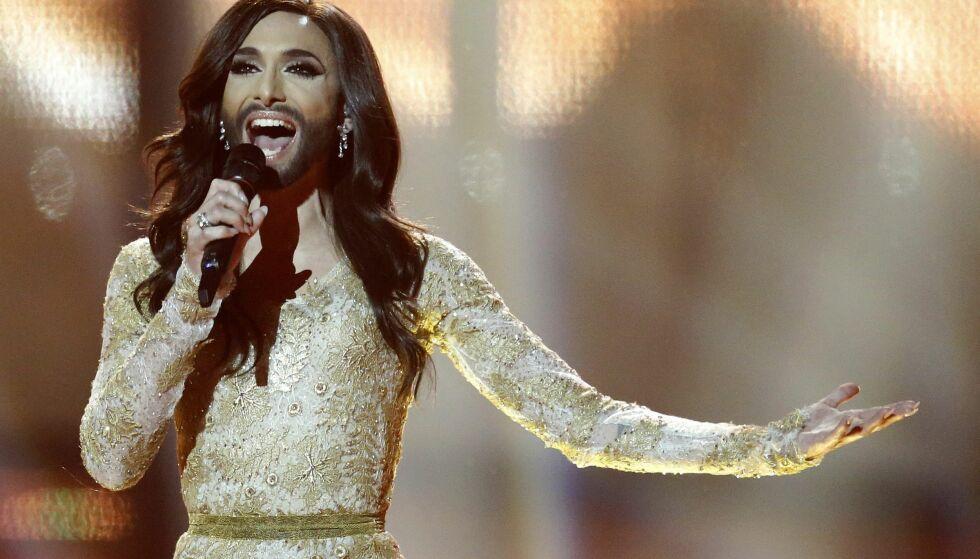 ÅPENHET: Dragartist Conchita Wurst ble verdenskjent da han i 2014 stakk av med seieren i Eurovision Song Contest. Nå velger han å stå fram med sin hiv-diagnose, for å komme en ekskjæreste i forkjøpet.Foto: AP Photo/Frank Augstein, NTB scanpix
