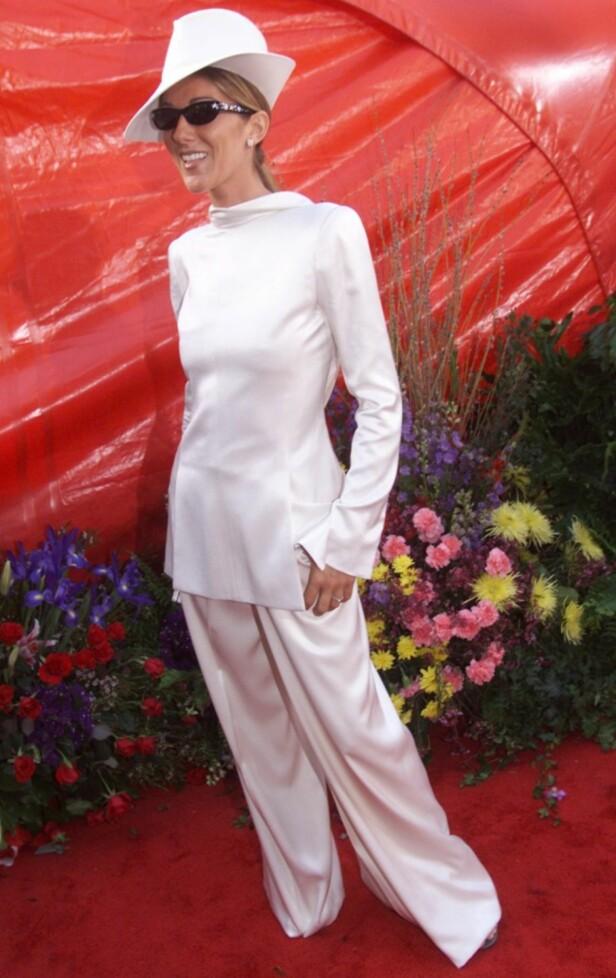 IKKE HELDIG: Céline Dion skapte furore på Oscar-løperen i 1999. Foto: AP/ NTB scanpix