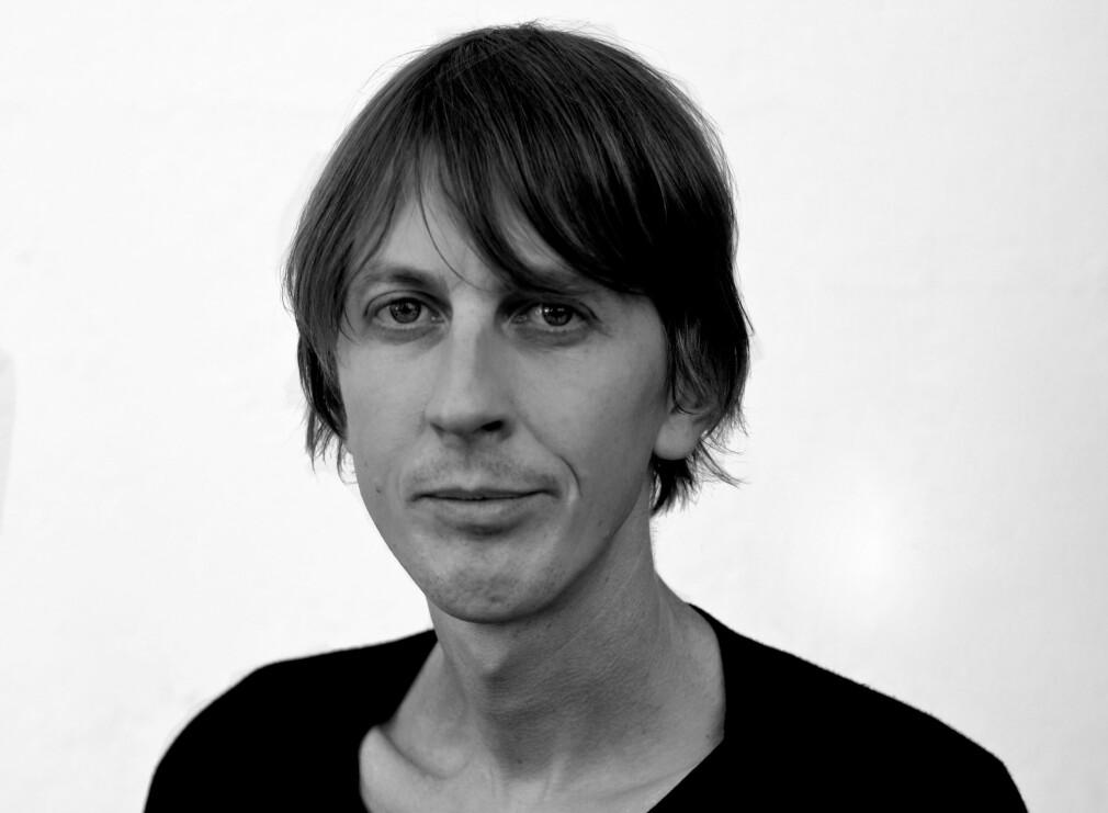 GLAD FOR TILSKUDD: Blant de 300 som har fått 10 000 kroner i tilskudd til å kjøpe el-lastesykkel er Turboneger-gitarist og musikkredaktør i Tidal, Knut Schreiner. Foto: Magnus Stivi