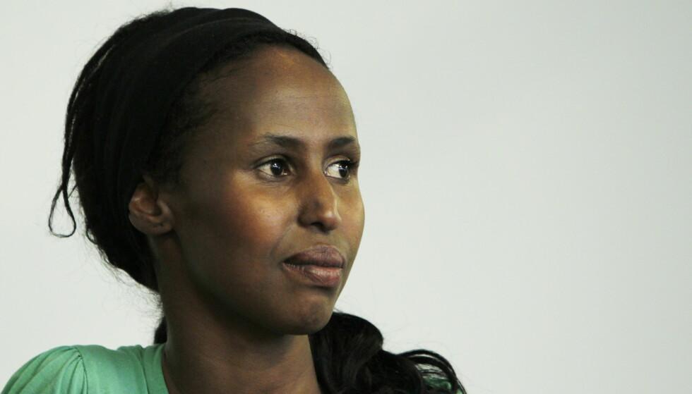 VIL HA KVINNER PÅ BANEN: Kadra Yusuf mener norske kvinner må komme seg på banen i den norske samfunnsdebatten. Foto: Håkon Mosvold Larsen/Scanpix