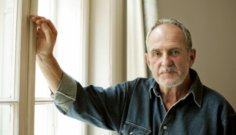 """<strong>KRIMBØKER:</strong> Av femti litteraturpriser går bare én til krim. I Norge kom sjangerens gjennombrudd på 70-tallet med blant annet Jon Michelet (bildet), som har gått tungt inn i nazisme, spionasje og den kalde krigen, skriver artikkelforfatteren.&nbsp;<span style=""""background-color: initial;"""">Foto: Fredrik Varfjell / NTB scanpix</span>"""