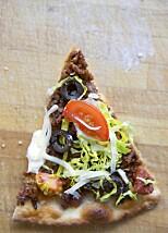 TACOPIZZA: Gøy å teste taco på pizza.