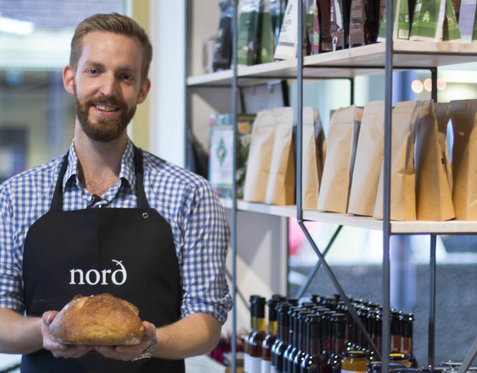 BRØD OG KAFFE: Joakim Strand begynte som pizzabud, og endte opp som kaffegründer med et raskt antall økende filialer over hele Oslo. Foto: Susanne Benjaminsen