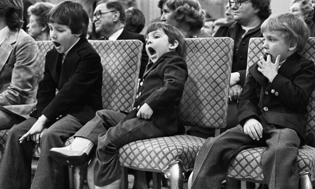 TRØTT TREKLØVER (f.v): Justin, Michel og Alexandre (Sacha)Trudeau på en av farens innsettelsesseremonier i Government House i Ottawa. Foto: Ron Poling/The Canadian Press via AP/NTB scanpix