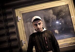 RAPPER OM RINKEBY: Muntather «Monti» Fadhil (16) rapper om Rinkeby. Han mener alle må drømme stort. Foto: Tomm W. Christiansen / Dagbladet