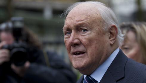 DØMT: Stuart Hall ble dømt for overgrep av barn ned til 9-årsalderen. Foto: NTB Scanpix