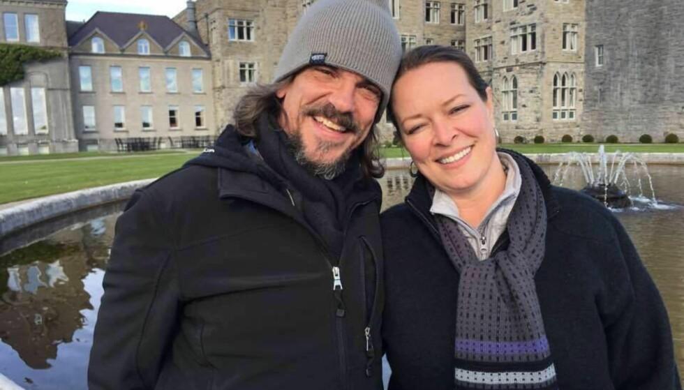 PÅ EUROPATUR: Ekteparet Kurt og Melissa Cochran var i Europa for å feire sølvbryllupet sitt. Nå er Kurt død og Melissa skadd. Foto: Privat
